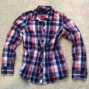 Tommy Hilfiger Classic Fit Plaid Button Down Small